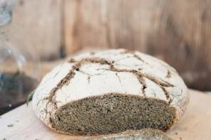 chleb-pokrzywowy-2