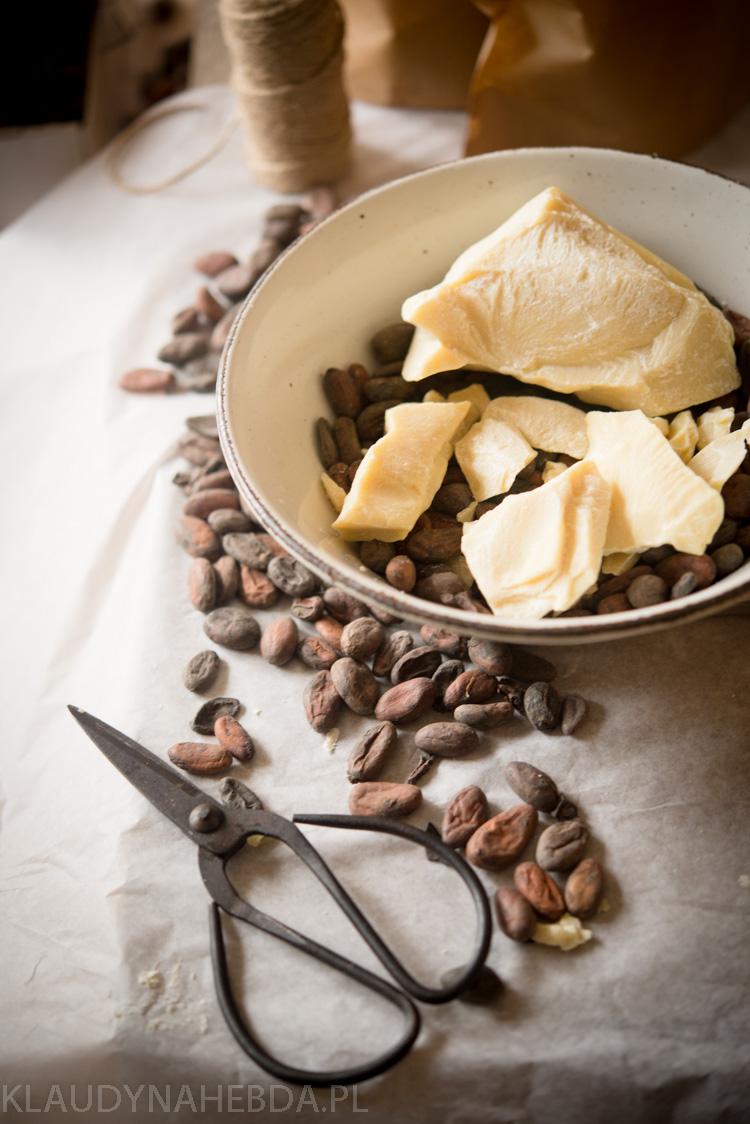 Masło kakaowe: nie tylko na rozstępy! 7 zastosowań