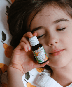Dziecko i olejek z mandarynki na sen