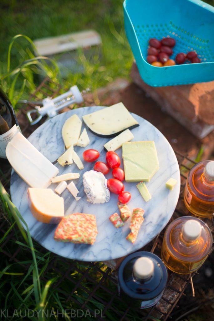 Letnia, leniwa sałatka z podagrycznikiem, komosą i ziołami [w sam raz na grilla]