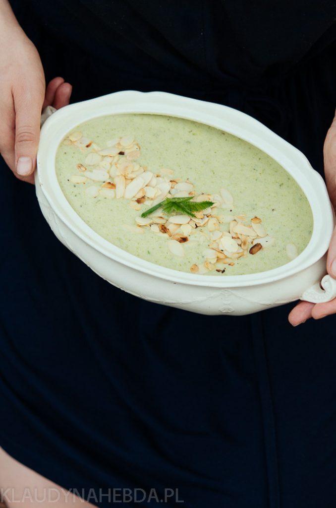 Błyskawiczna zupa cukiniowo-serowa