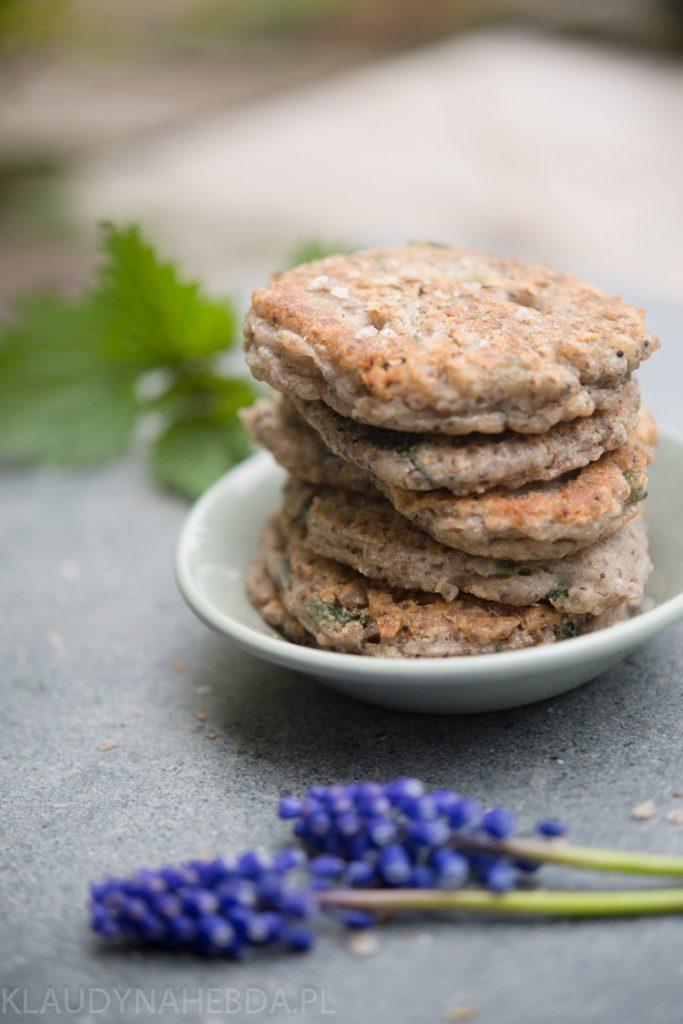 [Bezglutenowe/vege] Pyszne placuszki z chia, pokrzywą i mąką gryczaną